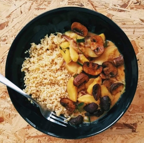 Zuchinni Curry and Grilled Mushrooms
